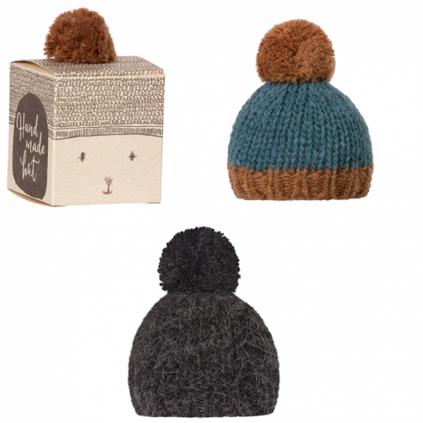 Best Friends knitted hat 1 pompom Petrol brown fra Maileg